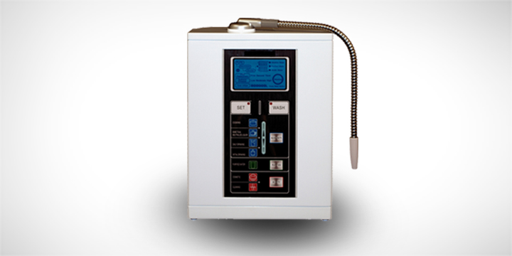 Aqua-Ionizer Deluxe 7.0 Water Ionizer by Air Water Life